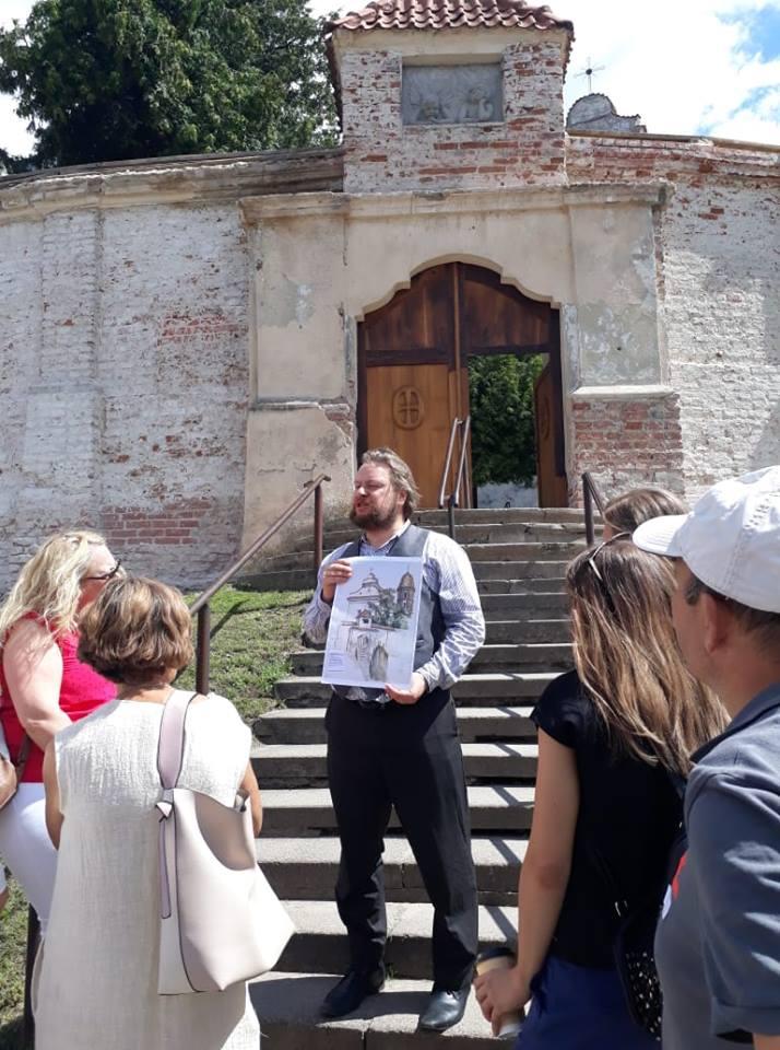 Vienas iš seniausių aplankytų objektų - Benediktinių vienuolyno kompleksas, fiksuotas Aleksandro Preso.