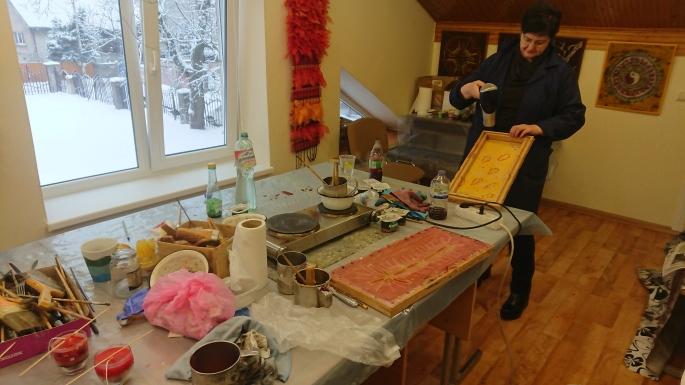 Sausį veiksmas persikėlė į Kauno kolegijos Stiklo, odos ir tekstilės dirbtuves Mickevičiaus g.